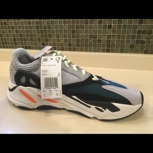 Authentic Adidas Deadstock Yeezy Wave Runner 700 NWT
